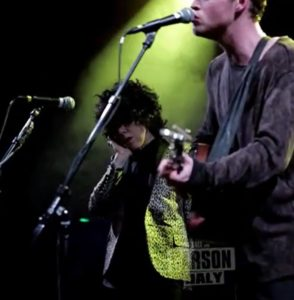 LP and Kodaline sing All I Want at the El Rey Theatre.