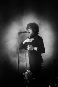 LP performs in Krasnodar, picture by Veronica Tedderson.